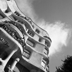 Casa Milà - Barcelona (Spain) - October 2019 (cava961) Tags: barcelona icon analogue analogico monochrome monocromo bianconero bw 6x6 mamiya6 foma400