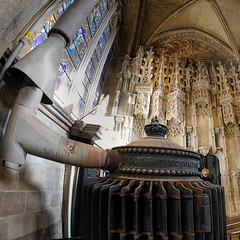 State-of-the art warming engine in a Hogwartian corner of Ely Cathedral (Allan Rostron) Tags: elycathedral heating londonwarmingandventilatingcompany