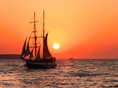 Sunset at sea (jeff.dugmore) Tags: greece greekislands europe cyclands cyclandislands santorini oia aegean sea ocean sunset sun goldenhour golden gold ship sailing outdoors outside travel coast picturesque serene tranquil scenic seascape colourful colour hue nisi olympus