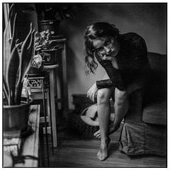 Ana (byfer / Fernando Ocaña) Tags: hasselblad 120mm 120 6x6 mediumformat bw bnw square selfdeveloped portrait film naturallight