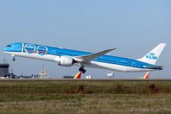 PH-BKA - Boeing 787-10 - KLM - KATL - Oct 2019 (peachair) Tags: klm boeing 78710 787 katl atl hartsfield jackson takeoff 42492 862 plane jet
