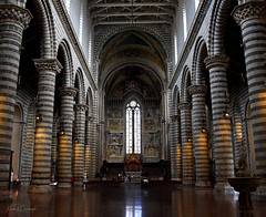 Interior Stripes (GRNDMND) Tags: buildings churches cathedral interior architecture columns travertine marble basalt duomo orvieto umbria italy