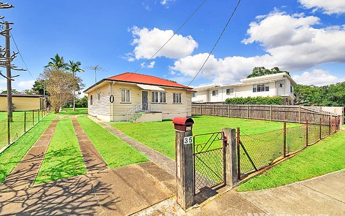 35 Barron Rd, Birkdale QLD 4159