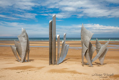 """Les Braves"" - Omaha Beach, Normandy, France. (Ratters1968: Thanks for the Views and Favs:)) Tags: canon5dmkiv martynwraight ratters1968 canon dslr photography digital eos utah omaha gold sword juno dday 1944 6thjune dayofdisembarkment ww2 allies german alliedinvasionofeurope liberty atlanticwall war battle france normandy francaise liberation peninsula ddaylandingbeaches longuessurmer batteries guns defences lesbraves omahabeach viervillesurmer sculpture memorial monument rememberance anilorebanon thebraves"