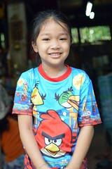 pretty girl in a doorway (the foreign photographer - ฝรั่งถ่) Tags: pretty girl child doorway khlong thanon portraits bangkhen bangkok thailand nikon d3200