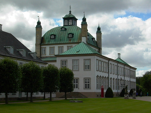 Fredensborg Palace and Lawn