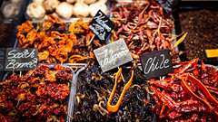 Spicy 🌶 (dlerps) Tags: amount barcelona catalanya catalunya city daniellerps es espana lerps photography sony sonyalpha sonyalpha99ii sonyalphaa99mark2 sonyalphaa99ii spain spanien urban httplerpsphotography lerpsphotography market marcat groceries food carlzeiss spice chili chilis planart1450 red hot spicy planar5014za vegetables scotchbonet habanero chipotle chile carlzeissplanar50mmf14ssm jalapeno