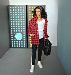 Coming home (at the airport) (Deejay Bafaroy) Tags: fashion royalty colorinfusion stylelab doll puppe homme male integrity toys fr portrait porträt ollielawson ollie lawson style lab red rot yellow gelb turquoise türkis black schwarz weiss bag tasche