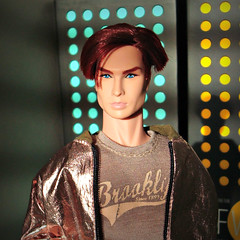 Romain (Deejay Bafaroy) Tags: fashion royalty fr integrity toys doll puppe male homme romain romainperrin silentpartner portrait porträt turquoise türkis yellow gelb sunny sonnig light licht shadows schatten eveningsun abendsonne beige jacket jacke blue blau