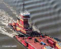 """Dean Reinauer"" Tugboat with RTC Barge on the Hudson River, New York City (jag9889) Tags: 2019 20191102 aerialview barge boat fluss hudsonriver manhattan ny nyc newyork newyorkcity outdoor rtc reinauer river ship transportation tug tugboat usa unitedstates unitedstatesofamerica uppermanhattan vessel wahi washingtonheights wasser water waterway workboat jag9889"