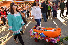 Procession of the dead (radargeek) Tags: parade procession dayofthedead plazadistrict okc oklahomacity 2018 october catrina festival facepaint kid child wagon shootingtheshooter pacifier
