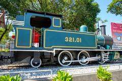 Steam locomotive at Muzium Negara in Kuala Lumpur, Malaysia (UweBKK (α 77 on )) Tags: kuala lumpur kualalumpur malaysia southeast asia city centre urban center sony alpha 550 dslr steam locomotive train railway muzium negara national museum