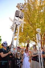 Skeletons towering over (radargeek) Tags: parade procession dayofthedead plazadistrict okc oklahomacity 2018 october catrina festival facepaint skeleton