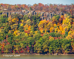 The Palisades on the Hudson River, Englewood Cliffs, New Jersey (jag9889) Tags: 2019 20191102 autumn bergencounty colors englewoodcliffs fall foliage gardenstate hudsonriver landscape nj newjersey outdoor palisades river usa unitedstates unitedstatesofamerica water waterway jag9889