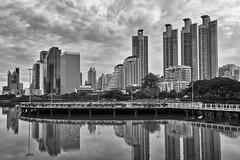 Bangkok – Benjakitti Park (Thomas Mulchi) Tags: benjakittipark khlongtoeidistrict bangkok thailand 2019 park lake city cityscape highrisebuildings bw monochrome bangkokmetropolitanregion happyplanet asiafavorites