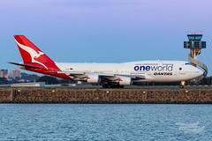 VH-OEF QF B747 34L YSSY-8292 (A u s s i e P o m m) Tags: sydney newsouthwales australia qantas qf boeing b747 b747400er syd yssy sydneyairport oneworld queenoftheskies vhoef