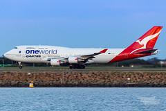 VH-OEF QF B747 34L YSSY-8311 (A u s s i e P o m m) Tags: sydney newsouthwales australia qantas qf boeing b747 b747400er syd yssy sydneyairport oneworld queenoftheskies vhoef