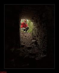 entrée du passage qui mène a l'intèrieur a la tour du Château de Charencey (francky25) Tags: entrée du passage qui mène lintèrieur de la tour château charencey franchecomté doubs patrimoine ruines