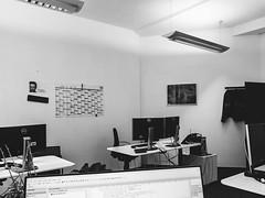 2019-09-30-143016_bw (Schmidtze) Tags: arbeit blackandwhite einfarbig ivu schwarzweis berlin deutschland