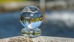 Annevoie - 7650 (✵ΨᗩSᗰIᘉᗴ HᗴᘉS✵81 000 000 THXS) Tags: annevoie jardinsdannevoie cristal crystal crystalball panasonic panasonicgx9 boule sphère belgium europa aaa namuroise look photo friends be yasminehens interest eu fr party greatphotographers lanamuroise flickering bokeh