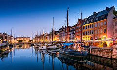 _DSC1539 - Nyhavn (AlexDROP) Tags: 2019 denmark copenhagen europe travel color cityscape city bluehour water nikond750 tamronaf1735mmf284diosda037 best iconic famous mustsee picturesque postcard wideangle hdr