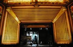 Civic Opera House - Chicago (Cragin Spring) Tags: city chicago interior opera operahouse architecture building oldbuilding detail illinois il unitedstates usa unitedstatesofamerica civicoperahouse lyricoperahouse urban chicagoillinois chicagoil artdeco auditorium stage grahamandersonprobstwhite