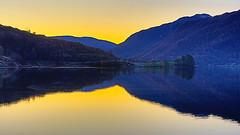 Etne 29. okt. -19 (bjarne.stokke) Tags: etne etnefjorden hordaland høst solnedgang sunset norge norway norwegen noreg naust hdr speiling reflections