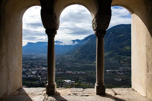 Burg Tirol