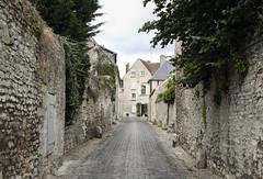Ruelle senlisienne (DavidB1977) Tags: france picardie hautsdefrance oise senlis ruelle canon 400d