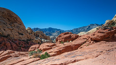The more you hike the more there is... (pboolkah) Tags: red nevada lasvegas redrock canon canon5d canon5dmkiv landscape mountain