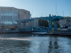 P8236813 (Copy) (pandjt) Tags: minnesota travelogue roadtrip unitedstates usa duluth duluthmn minnesotaslipbridge bluebridge slipbridge steelbasculedrawbridge basculedrawbridge drawbridge pedestrianbridge canalpark