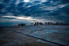 A glimpse of infinity (Tore Thiis Fjeld) Tags: norway oslo oslooperahouse roof people silhouettes sky clouds streetshot color nikonz7 nikonz1430mmf4s t bilde