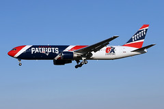 B767-3.N36NE-1 (Airliners) Tags: patriots nepatriots newenglandpatriots team125 767 b767 b7673 b767300 b767323 boeing boeing767 boeing767300 boeing767323 speciallivery specialcs worldchampions nfl sticker private corporate bwi n36ne 11219 champions 6xchampions