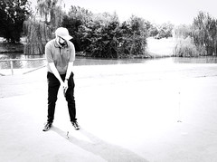 6941 - Missing (Diego Rosato) Tags: miss golf club green verde bianconero blackwhite fuji x30 rawtherapee putt