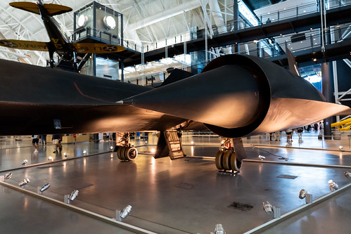 SR-71 engine and landing gear