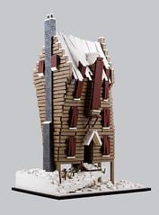 Harry Potter – The Shrieking Shack A (Xenomurphy) Tags: lego moc bricks afol harrypotter shriekingshack prisonerofazkaban whompingwillow remuslupin siriusblack hogsmeade architecture haunted werewolf
