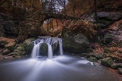 Schiessentumpel (Tony N.) Tags: luxembourg schiessentumpel falls waterfalls cascades mullerthal poselongue longexposure river rivière water eau automne autumn nisi nisiprov5 nisicplpro nisignd16medium nisind1000 tonyn tonynunkovics nikkor1635f4 nikon manfrotto