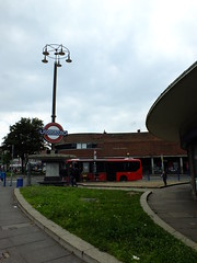 South Pylon (failing_angel) Tags: 180519 london piccadillylinetour londonboroughofenfield charlesholden southgate undergroundstation adamsholdenandpearson londonpassengertransportboard frankpick