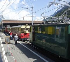 RD18926.  SPB Nr. 63 at Wilderswil. (Ron Fisher) Tags: spb schynigeplattebahn rackrailway rail railway railroad eisenbahn chemindefer schmalspurbahn voieetroite narrowgauge narrowgaugerailway train transport publictransport zahnradbahn schweizerischeeisenbahnen schweiz dieschweiz lasuisse suisse switzerland swissrailways railwaysofswitzerland compactcamera eisenbahninderschweiz eisenbahneninderschweiz sony sonyrx100iii sonyrx100m3 ferrovia 800mmspur 800mmgauge tren trein