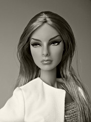 Sepia portrait (Deejay Bafaroy) Tags: freshperspective perspective agnes 2019 fashion royalty fr integrity toys convention doll puppe portrait porträt sepia vonweiss