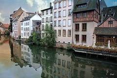 Espelho de água no canal!! (puri_) Tags: canal casas reflexos céu nuvens