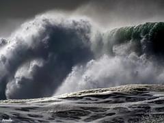 Storm (Armelle85) Tags: extérieur nature mer océan eau vague nazaré portugal macro tempête