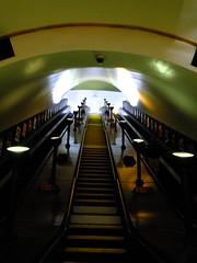 Southgate Steps (failing_angel) Tags: 180519 london piccadillylinetour londonboroughofenfield charlesholden southgate undergroundstation adamsholdenandpearson londonpassengertransportboard frankpick