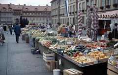 1991-05-15 Market in Bamberg (beranekp) Tags: deutschland germany market markt bamberg people