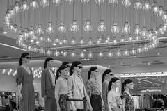 Las hermanas Karamazov, Santiago de Chile (Mario Rivera Cayupi) Tags: canong5x canon canonpowershot blancoynegro santiagodechile blackandwhite bw streetphotography fotografíadecalle fotografíacallejera streetphotographyinchile