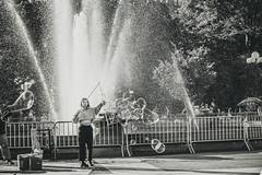 Washington Square Park (Raúl Urrutia) Tags: usa newyork nuevayork manhattan nyc bw bn