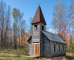 Lonely Church HDR (Greg Riekens) Tags: autumn estonian americana church nikond500 lincolncounty rural fall religion religious country fallcolors estonianevangelicalmartinlutherchurch wisconsin architecture hdr usa midwest