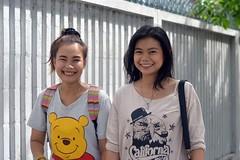 pretty pedestrians (the foreign photographer - ฝรั่งถ่) Tags: two woman pretty girls phahoyolthin road bangkhen bangkok thailand nikon d3200