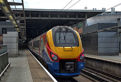 "East Midlands Trains ""Meridian"" DMU 222 002 at St Pancras Station on 28 Aug 2019 (Trains and trams eveywhere) Tags: eastmidland trains dmu nationalrail britain railways class222 meridian stpancras london terminus"