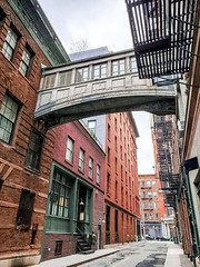 (Kylee Vincent Photography) Tags: new york nyc ny empire state kylee ulianokylee vincent photographyfallautumnnew usa unitedstatesofamerica america view art photography architecture city buildings building history historic empirestate fall autumn vacation trip walk 2019 october oct manhattan icon iconic staple st street jay skybridge odd different fire escape ladder iron cobblestone uliano